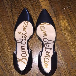 Sam Edelman black heels with heel snakeskin detail